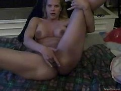 Juicy amateur bitch Sophia rubbing her pussy and sucking my cock till facial
